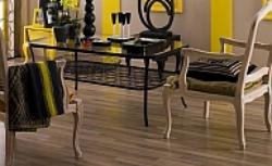 Wykończenie podłogi panelami - porónwnujemy panele drewniane, korkowe i laminowane