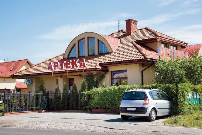 Dom z apteką