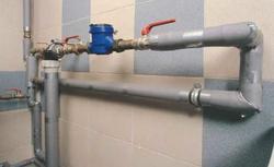 Instalacja wodna w domu. To musisz wiedzieć o wewnętrznej instalacji wodociągowej