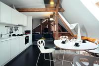 Jak urządzić mieszkanie na poddaszu? Projekt mieszkania na starym strychu