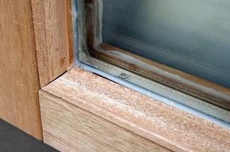 Dezinformacja w oknie
